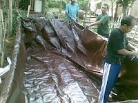 cara membuat kolam ikan terpal tebal