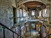 Berani Berkunjung ke Penjara Paling Menyeramkan?