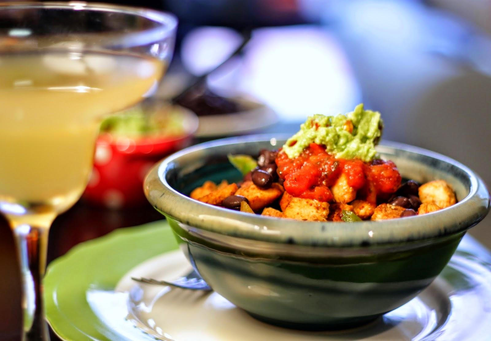 Chipotle Butternut Squash And Black Bean Burrito Bowl ...
