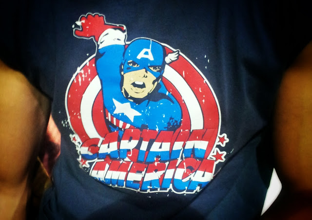 captain america-t-shirt-model-street style