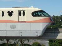 JR舞浜駅から東京ディズニーランドへディズニーリゾートライン(モノレール)で行く