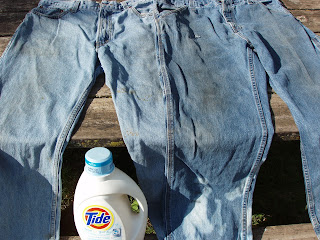 Picture of work clothes after using regular laundry detergent