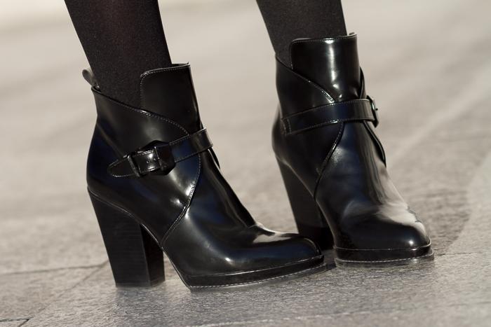 Botines de tacón con hebillas negros de Zara Bloggers tendencia Moda