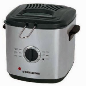 Ezoneonline: Buy Black & Decker EF1220 1000-Watt 1.2-Litre Deep Fryer Rs.3887