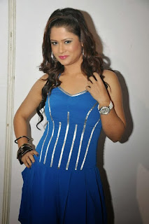 Actress Shilpa Chakravarthy  Picture Gallery in Blue Dress at Veta Audio Launch  0051.jpg