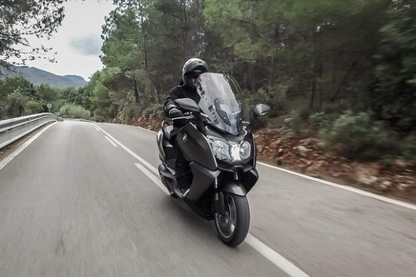 BMW C 650 GT Redesigned for  2015 Maxiscooter Reviews