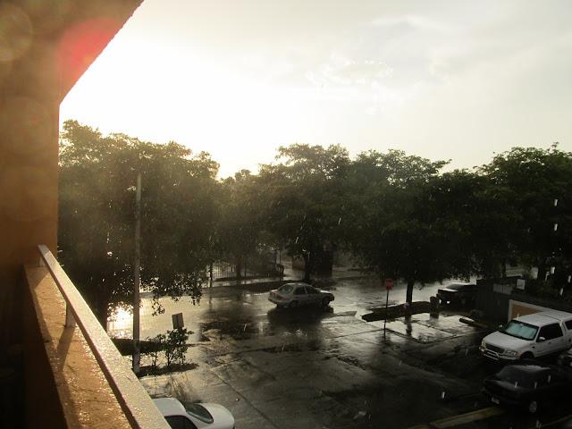 sunset photo,raining photo,hialeah
