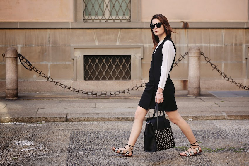 comptoir des cotonniers tuxedo black dress , zara black and white gladiator sandals