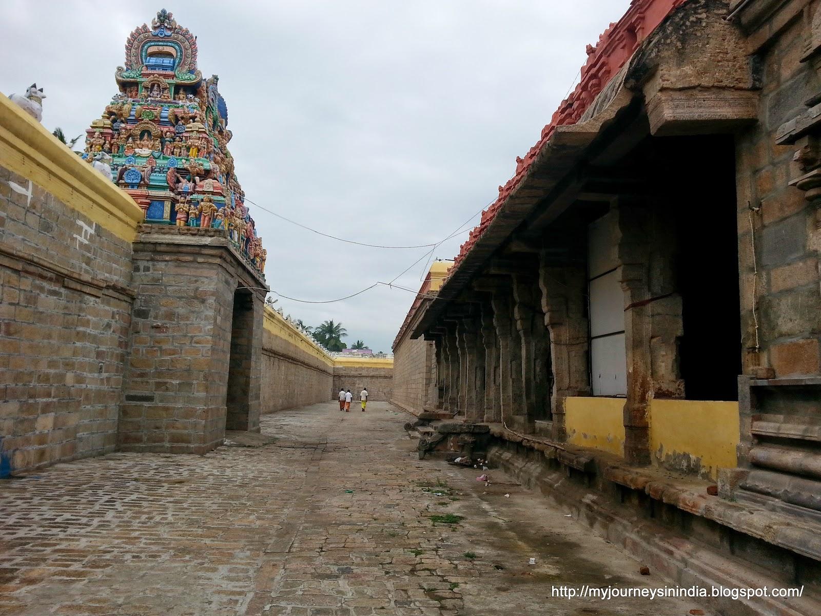Tiruvaiyaru Aiyarappar Temple Echo Prakaram Or Saptha Oli Prakaram