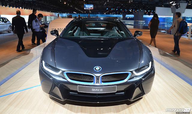BMWが「i8」の高性能仕様モデルの開発を検討中?