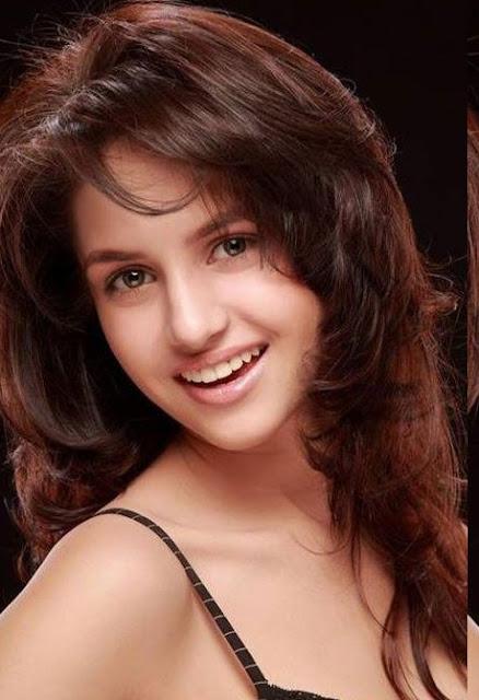 South MP3: Koyel Rana Cute Hot Pictures