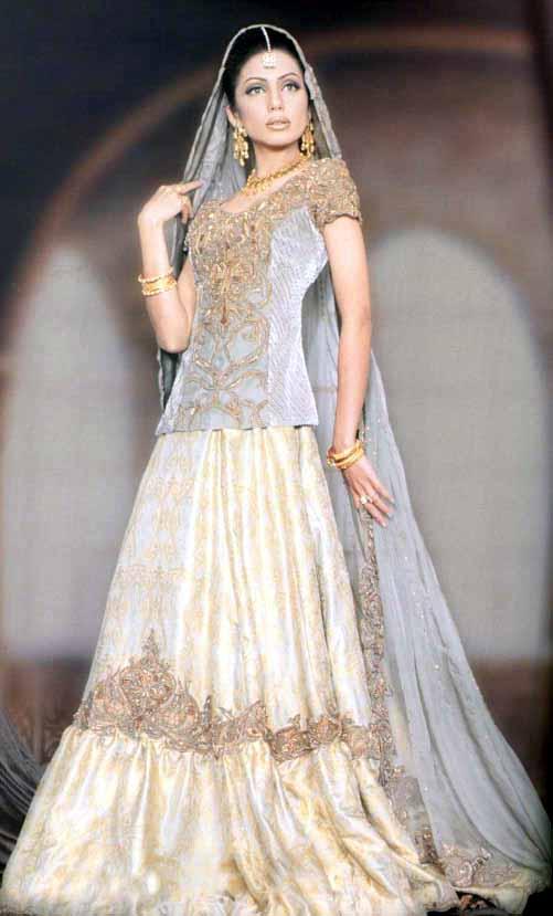 Wedding Dresses Karachi : Pakistani bridal dresses makeup
