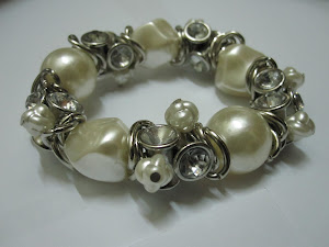 High Quality Ivory  Pearl  Bangle, Cute Design