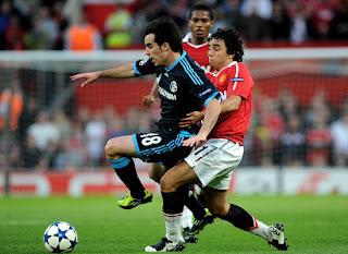 Rafael da Silva Manchester United vs Schalke 04 Champions League