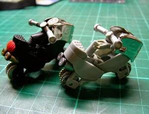 Tự làm xe moto bằng 2 chiếc quẹt gas