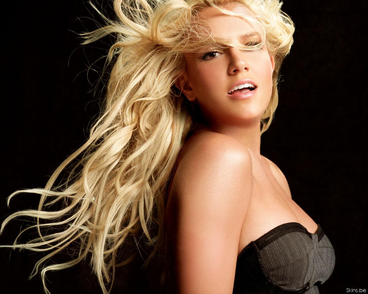 http://1.bp.blogspot.com/-TsZl_qVTZ8Y/TybYlFo2tTI/AAAAAAAAAjI/opiGzHaVeyc/s1600/Britney-Spears-Trends.jpg