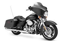 2011-Harley-Davidson-FLHX-Street-Glide-1