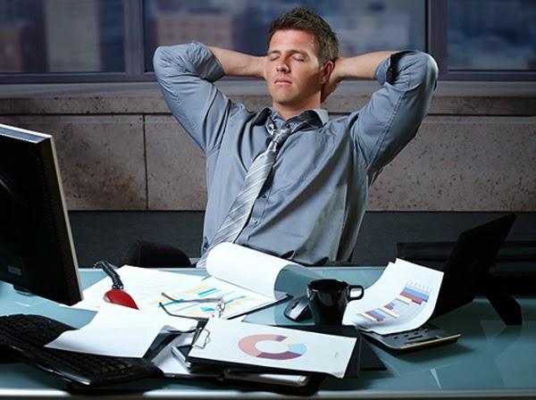 7 Tips Agar Tubuh Tetap Bugar Saat Melakukan Pekerjaan Sampai Lembur