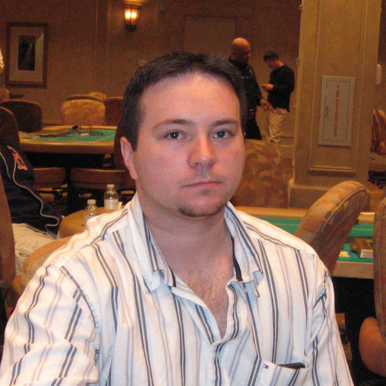 http://1.bp.blogspot.com/-TtfEwAV3gcY/Tbsgx6ZeYpI/AAAAAAAABxI/d8PFdtzClQY/s1600/George%2BGillis.JPG