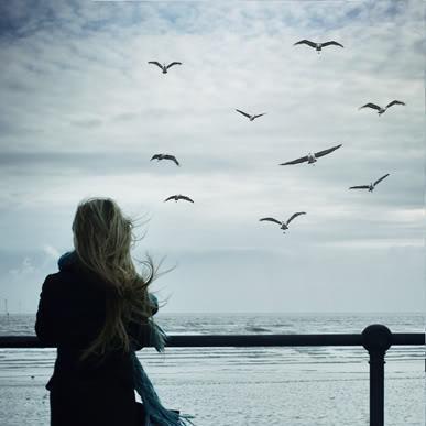 ما أصعب كره الحبيب - فتاة وحيدة حزينة فى الحب