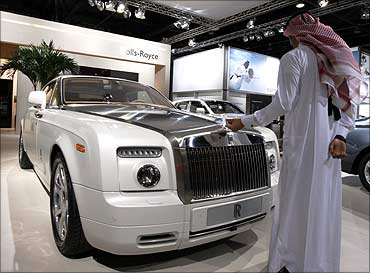 World Expensive Car Price In Indian Rupees