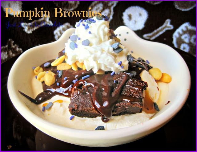 Pumpkin Brownies Halloween Recipe, the possibilities are endless when it comes to these delicious brownies when you only need 2 ingredients! Try and Tasted good old fashioned recipe and goodness!