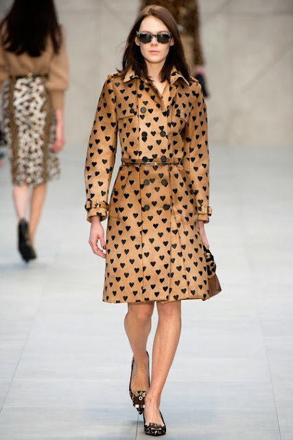 Burberry AW 13 runway heart trench