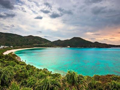 Những thiên đường biển đảo ít người biết của Nhật