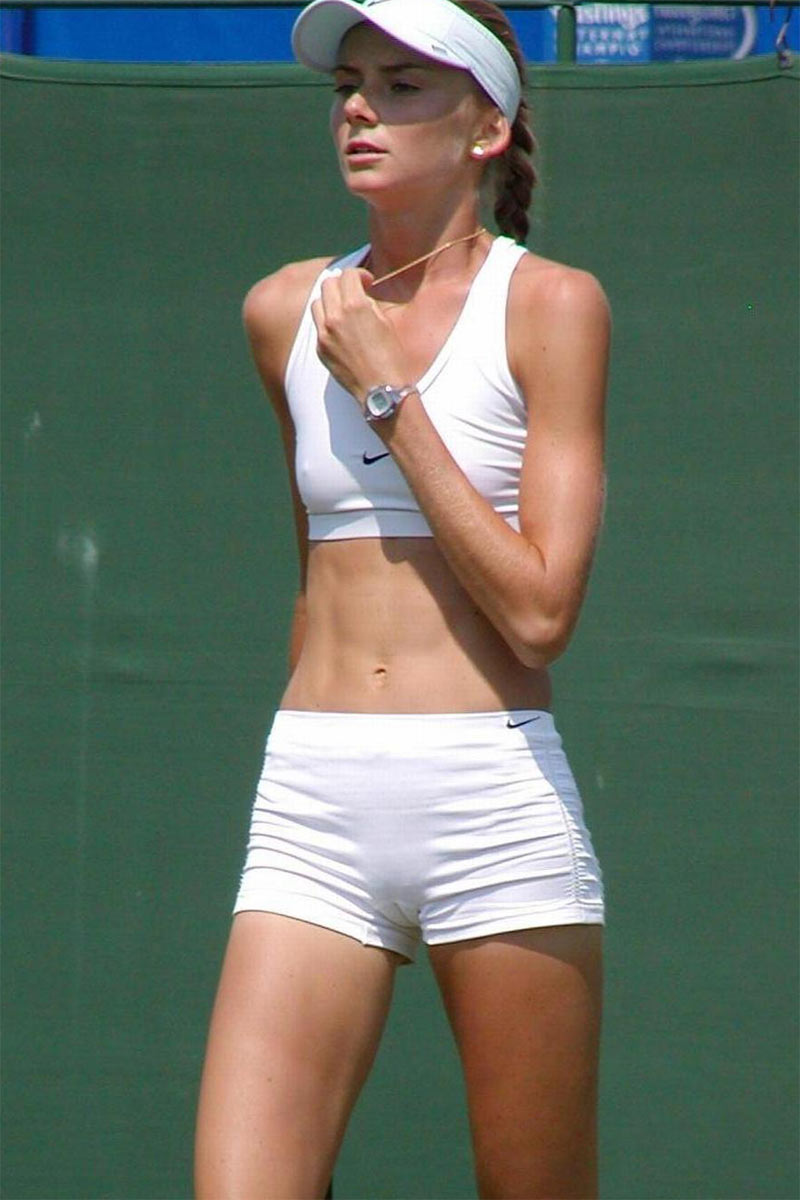 Tennis player voyeur