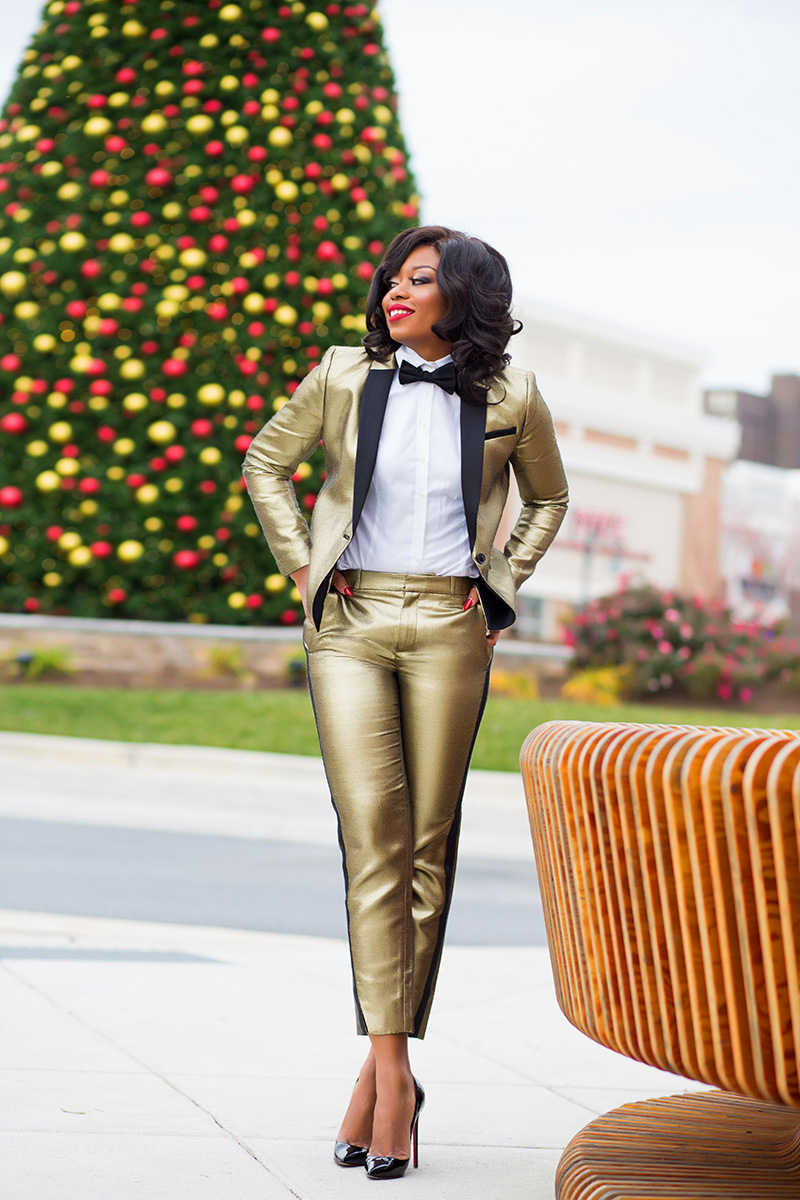 Banana Republic gold tuxedo suit, bow tie, www.jadore-fashion.com