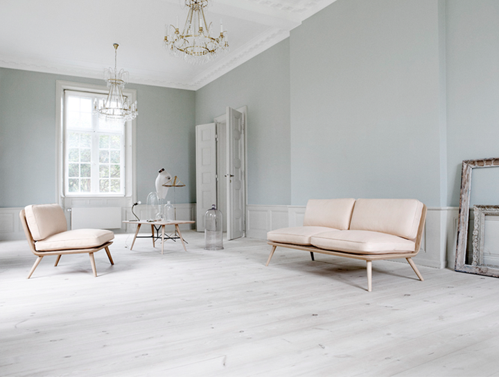 Danish design by fredericia - Peinture salon blanc et taupe ...