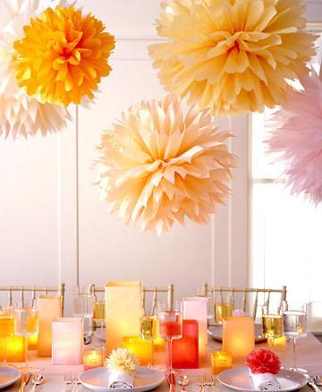Pompones o flores colgantes de papel, muy faciles