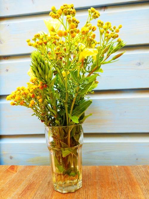 selbstgepflückter Blumenstrauß Wald und Wiese