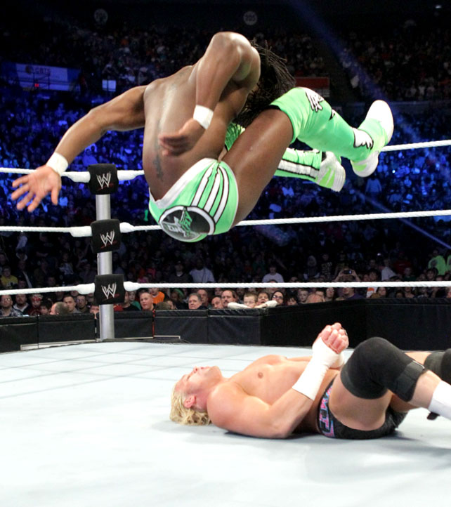 Ryback Bench Press: I LOVE WWE: KOFI V/s Dolph
