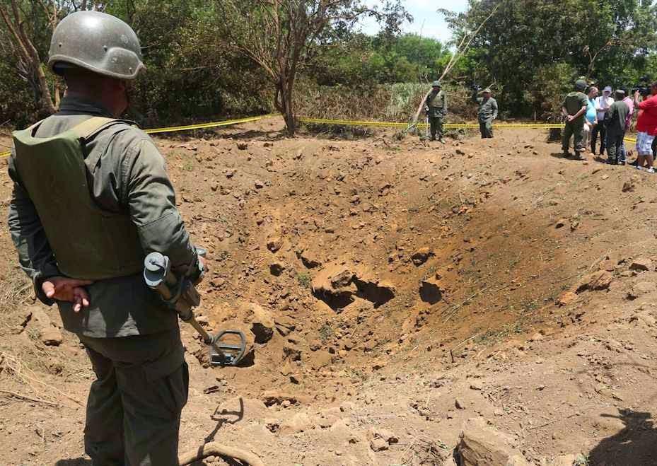 Meteorito caiu perto do aeroporto de Manágua.