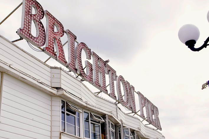 brighton pier, light sign