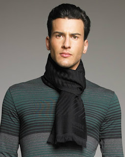 how to choose a scarf men