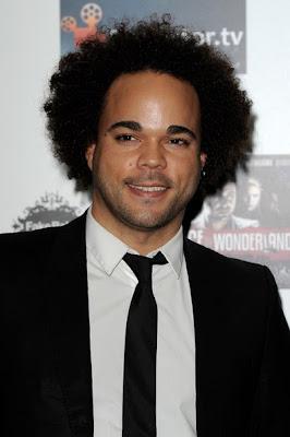 homme noir avec afro black