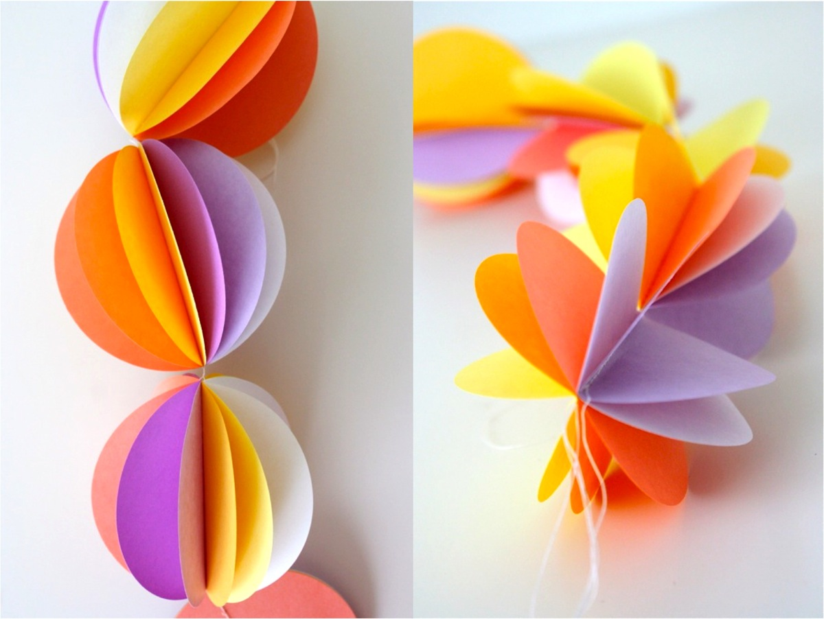 Paper Ball Chains Made Everyday