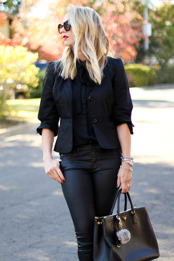 black blazer black jeans