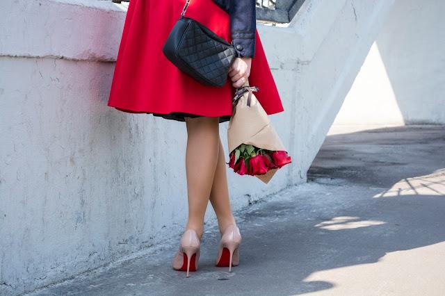 туфли на шпильки кристиан лабутен и розы
