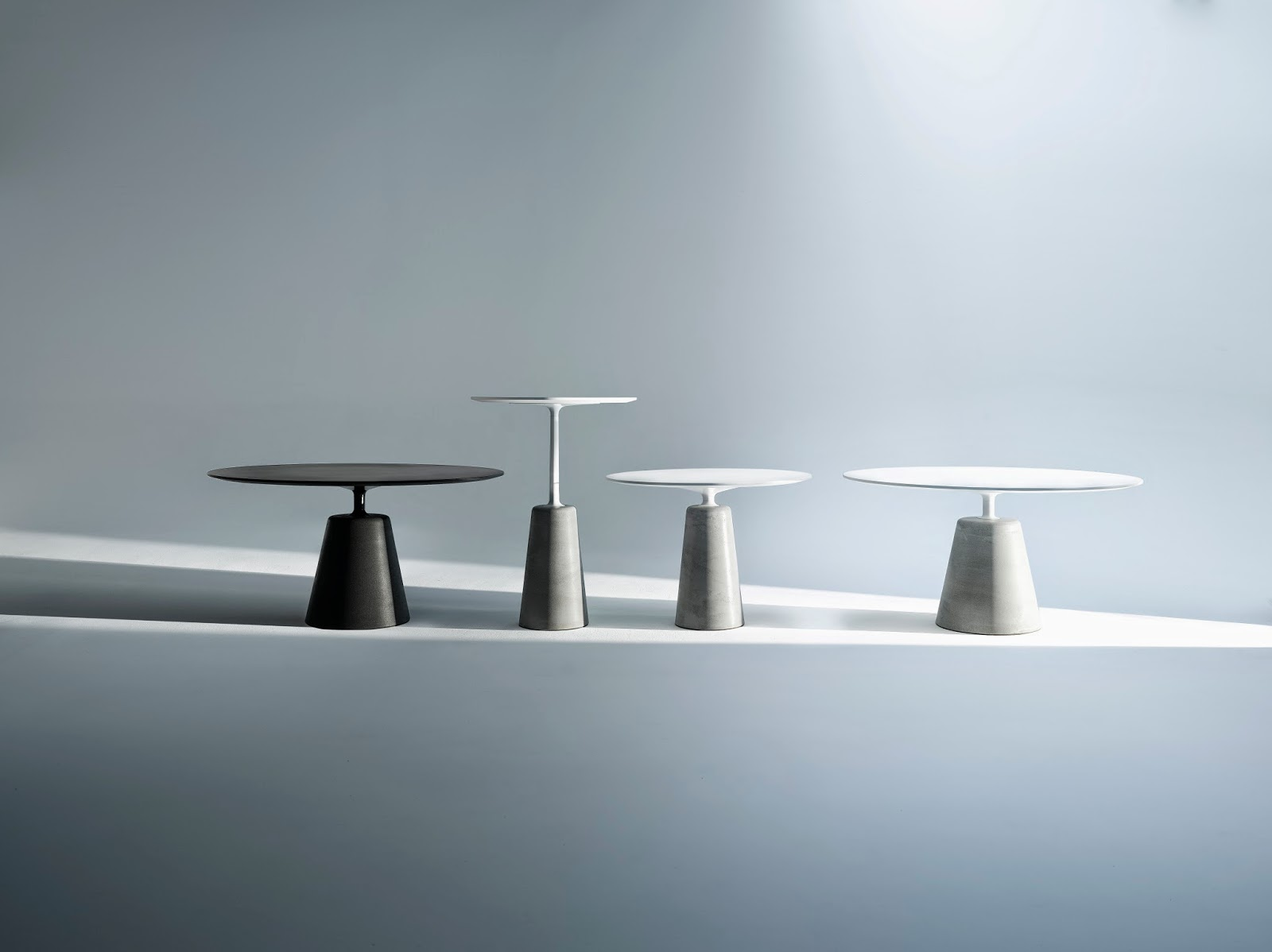 Mdf italia rock table par jean marie massaud agence at for Mdfitalia it