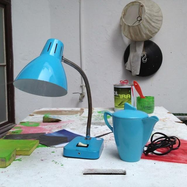 candeeiro vintage, lamp, vintage, leiteira Lisboa em plástico