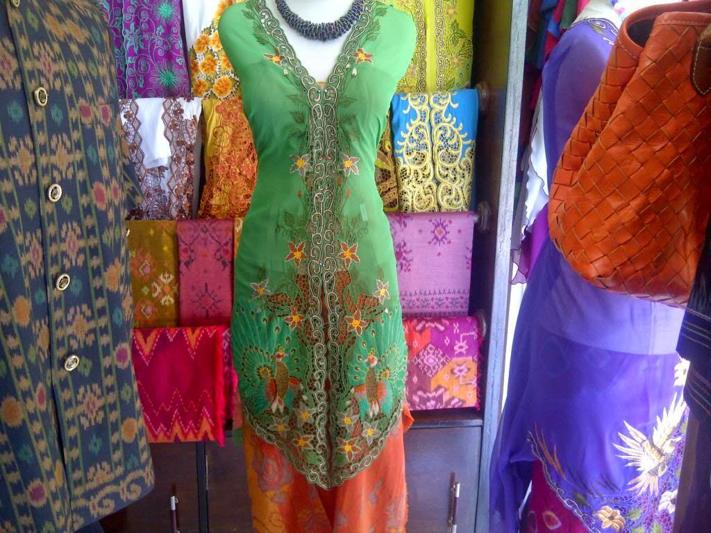 Foto Model Baju Kebaya Bali 2014