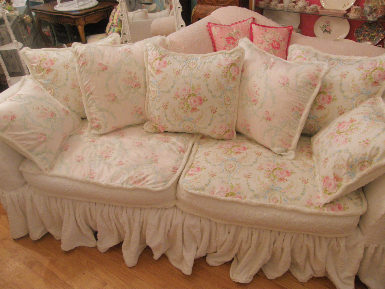 vintage chic furniture schenectady ny shabby chic slipcovered sofa with vintage chenille. Black Bedroom Furniture Sets. Home Design Ideas