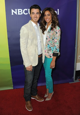Kenielle en NBCUniversal's 2012 Summer Press Tour  Bnnbb