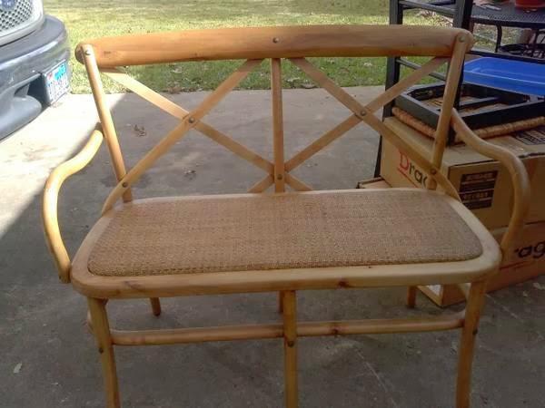 Thou shall craigslist friday december 20 2013 for Cedar park furniture