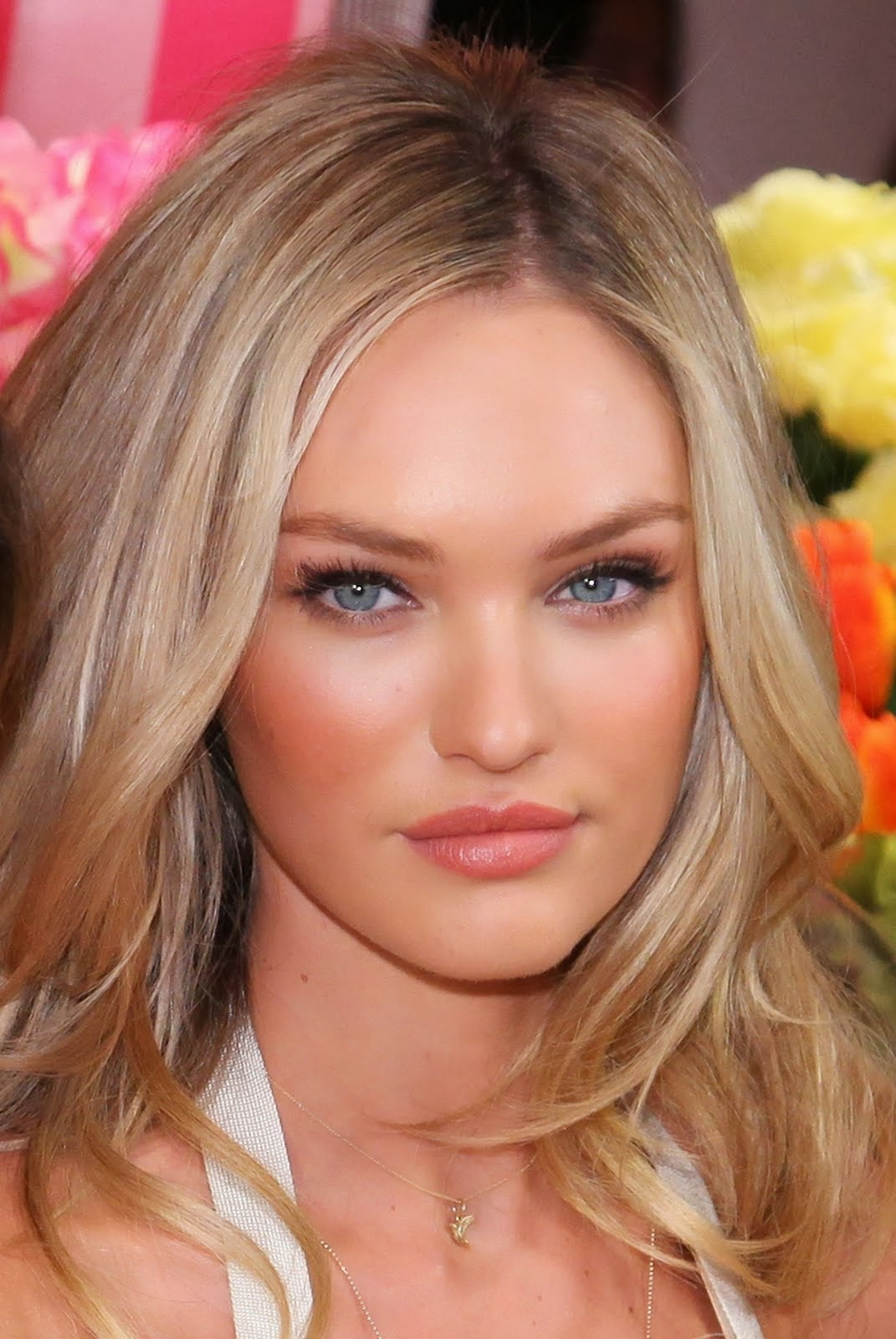Enjoy These Pics Of Candice Swanepoel Without Make Up