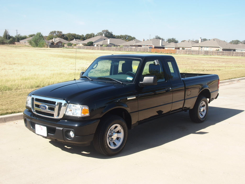 http://1.bp.blogspot.com/-Ty1anUKqlJ0/UKvpePzd2GI/AAAAAAAAMGw/31_fedFewmY/s1600/2010+Ford+Ranger+XLT+Super+Cab+Pickup+Truck+26%252C542+miles+Black+1.jpg