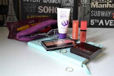 Travel Makeup Bag   Weekend In London